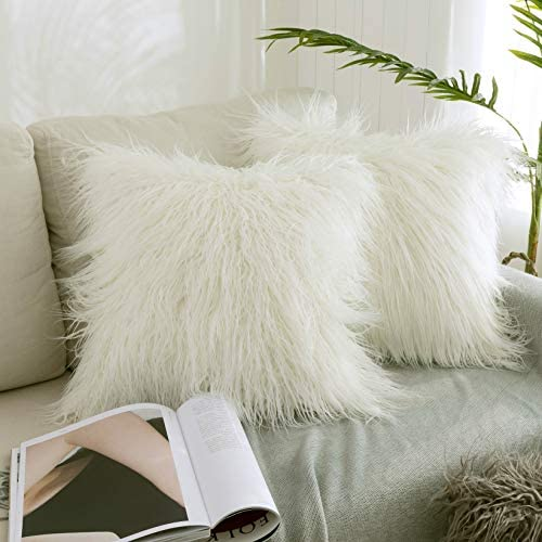 Kevin Textile Set of 2 Decorative New Luxury Series Merino Style Christmas Off-White Fur Throw Pillow Case Cushion Cover Pillow Covers for Bed (18″ x 18″ 45cm x 45cm)