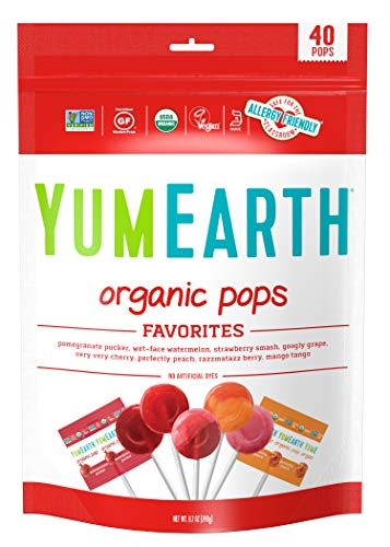 YumEarth Organic Lollipops, Assorted Flavors, 8.7 Ounce, 40 Lollipops – Allergy Friendly, Non GMO, Gluten Free, Vegan (Packaging May Vary)