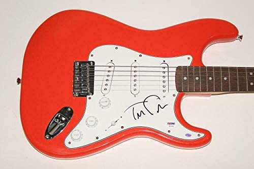 Tom Petty Signed Autograph Fender Brand Electric Guitar & The Heartbreakers – PSA/DNA Certified – Guitars