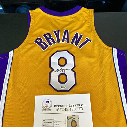 Kobe Bryant Signed 2000-01 Game Issued Los Angeles Lakers Jersey Beckett & PSA – Autographed NBA Jerseys