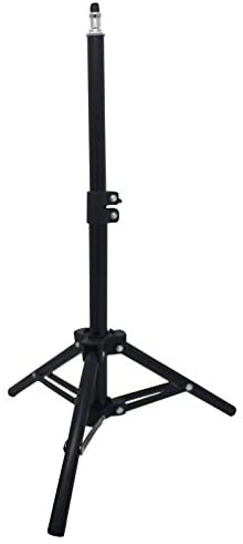 Read more about the article Seaigle Mini Light Stand 22inch/55cm Tabletop Light Stand Photography for Ring Light Video Recording Photo Studio Lighting