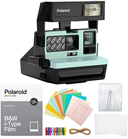 Read more about the article Polaroid 600 Instant Camera Arctic Blue with B&W Film and Accessory Bundle (3 Items)