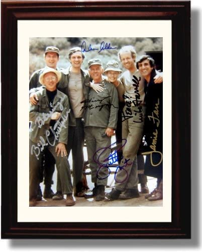 Read more about the article Framed Mash Autograph Replica Print – Mash Cast