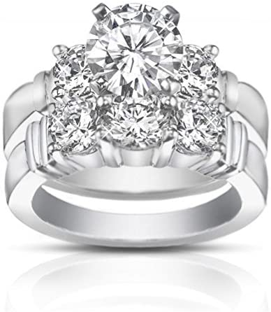 Read more about the article Madina Jewelry 2.00 ct Women's Round Cut Diamond Engagement Ring with Wedding Band Set in 18 kt White Gold