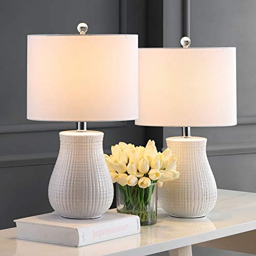Read more about the article Safavieh Lighting Collection Dayton White 21-inch Bedroom Living Room Home Office Desk Nightstand Table Lamp (Set of 2) – LED Bulbs Included